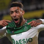 Bouanga anota y el AS Saint-Etienne sorprende al Olympique de Marsella