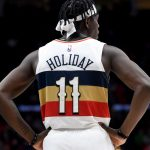 Este intercambio Clippers-Pelicans se combina con Holiday, George, Leonard
