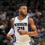 Este intercambio Kings-Mavericks empareja a Buddy Hield y Doncic