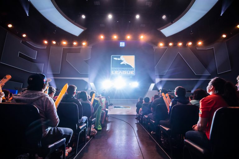 2019 S1W3D3 04227 Overwatch League LED Stage Crowd Venue Robert Paul